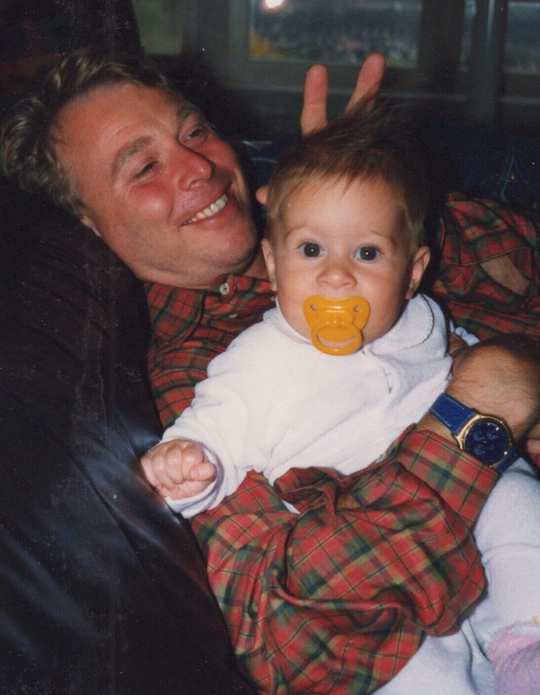 Babyfoto Maxime und Urs Mezger